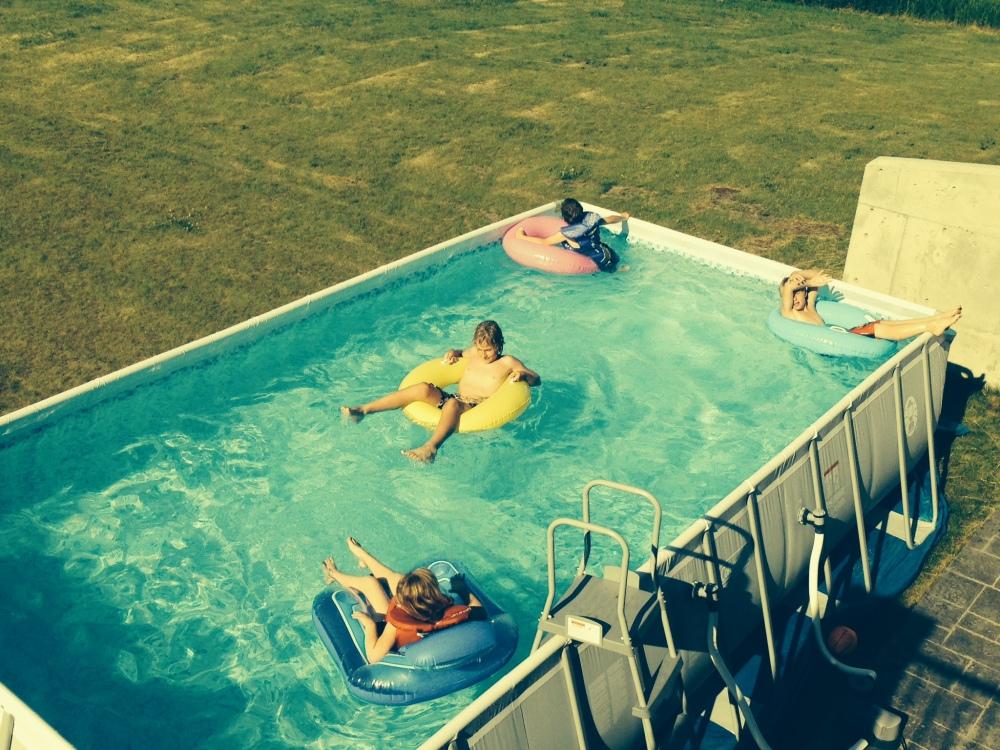 kidsswimming